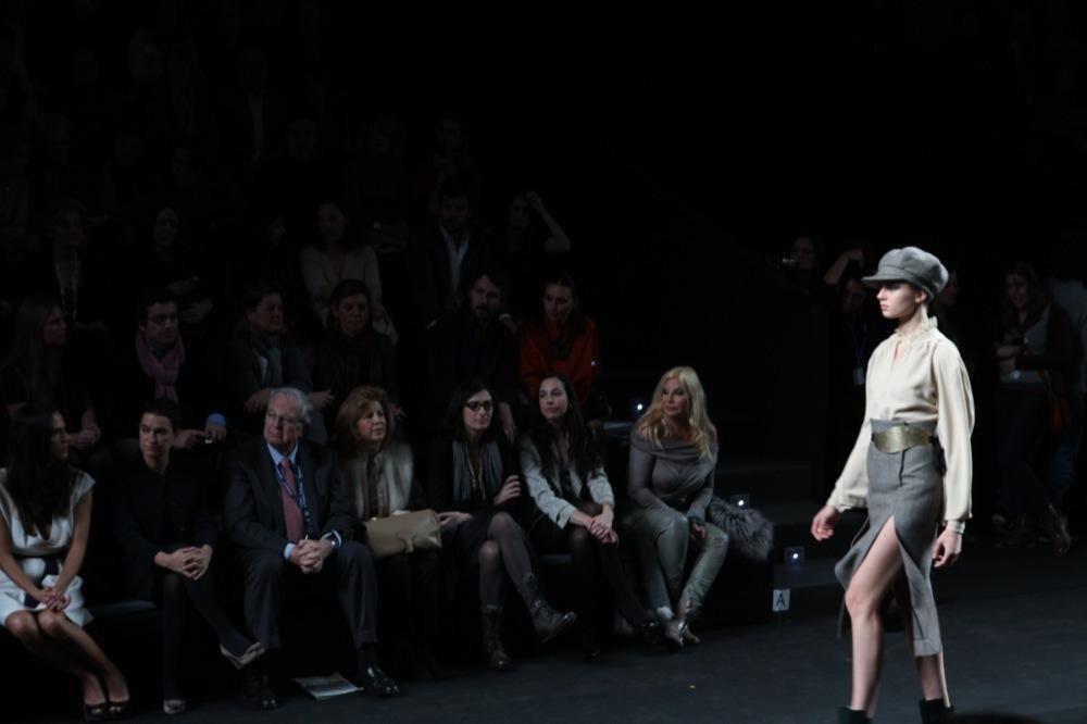 Foto de Jesús del Pozo en la Cibeles Fashion Week Otoño-Invierno 2011/2012 (12/71)