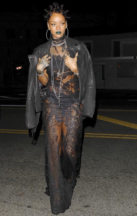 Una gótica de Givenchy