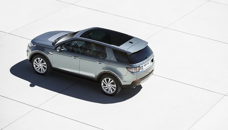 landrover-discovery-sport-2015-1000-08.jpg