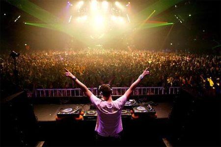 Activision confirma 'DJ Hero'