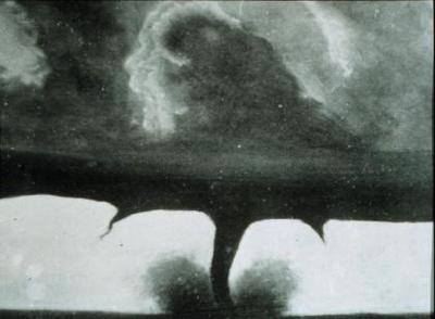 La foto más antigua de un tornado
