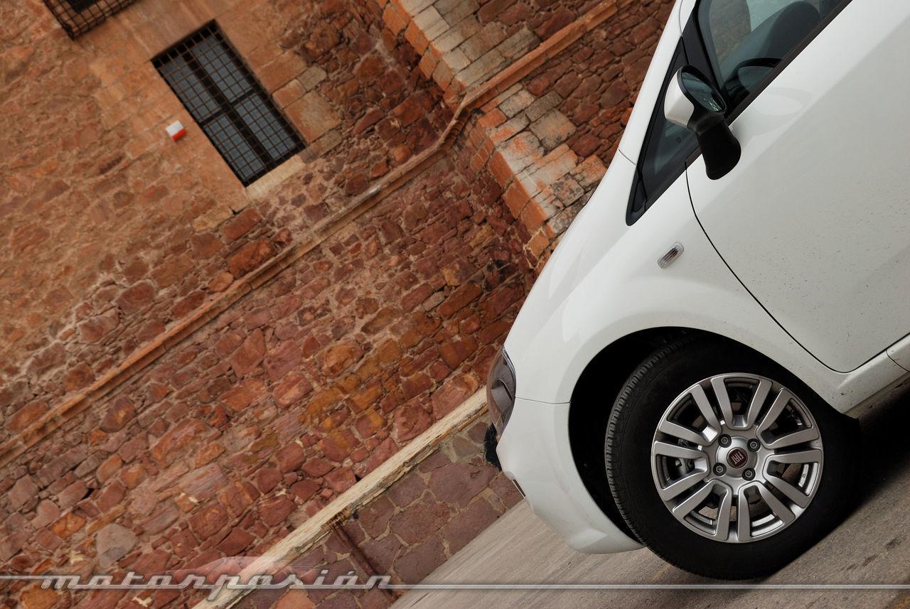 Foto de Fiat Punto 1.4 GLP (prueba) (12/70)