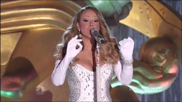 La Navidad no se inaugura hasta que Mariah Carey viene y nos canta un villancico. Y punto