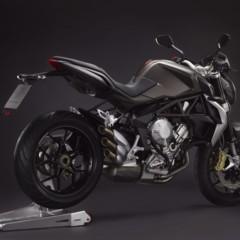 Foto 7 de 27 de la galería mv-agusta-brutale-675-desvelada-en-el-eicma-2012 en Motorpasion Moto