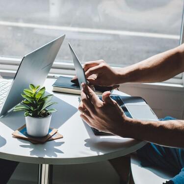 Quince consejos para negociar un aumento o una oferta de trabajo (incluso desde el homme office)