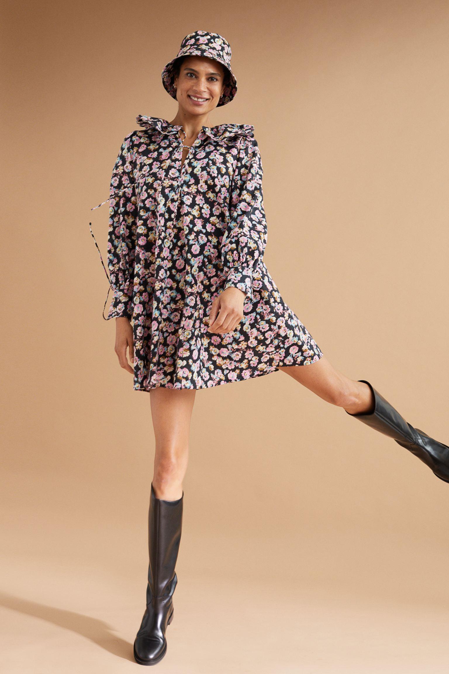 Vestido corto de algodón con estampado