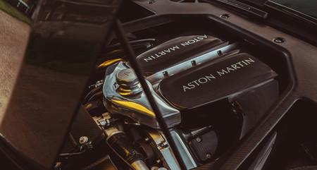 Aston martin Victor v12
