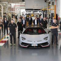Lamborghini Aventador llega a las 10,000 unidades producidas y contando