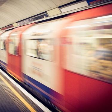 Deja de trabajar de camino al trabajo: no le beneficia a nadie