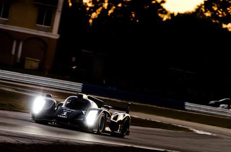 Audi ya rueda con su LMP1 para 2014