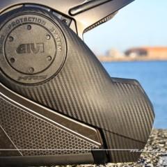 Foto 31 de 38 de la galería givi-x-09-prueba-del-casco-modular-convertible-a-jet en Motorpasion Moto