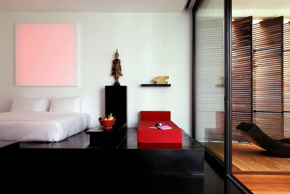 Foto de Una de las piscinas más curiosas del mundo: Red Pool en el hotel The Libray (8/14)