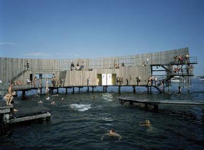 Darse un baño de diseño en el mar de Dinamarca