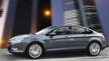 Citroën actualiza precios en los C5 básicos
