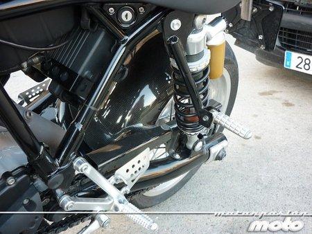 Ducati-sport-1000-estriberas-pasajero-dos