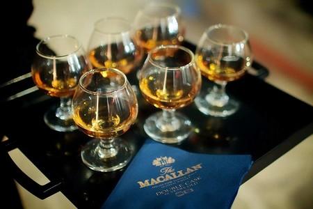 3 ofertas en botellas de whisky en Amazon en marcas como Macallan, The Famous Grouse y Auchentoshan: alguna finaliza a medianoche