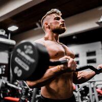 Guía para principiantes (XII): Curl de bíceps con barra