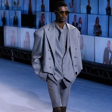 El maximalismo moderno de Balmain conquista París abriendo su semana de la moda