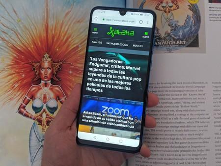 Oferta de lanzamiento en Amazon: si compras ya el Huawei P30 Lite por 349 euros, los auriculares Free Buds de regalo