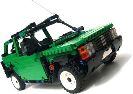 Y esto es un Fiat Panda 4x4 hecho de LEGO