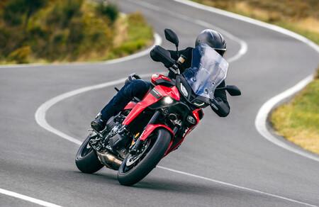Yamaha Tracer 9 y Tracer 9 GT: la trail asfáltica costará 11.800 euros y su opción más rutera 14.300 euros