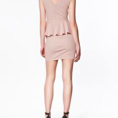 Foto 4 de 22 de la galería los-15-vestidos-de-zara-que-marcan-tendencia-esta-primavera-verano-2012 en Trendencias