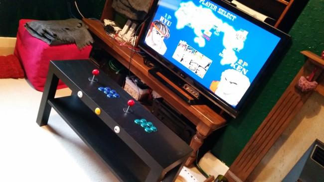 Máquina Arcade con RPi y mueble Ikea