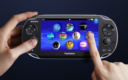 PlayStation Vita tendrá soporte nativo para Skype y Foursquare