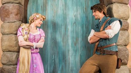 Disney expande el negocio y ofrece citas dobles con príncipes y sus princesas de cuento