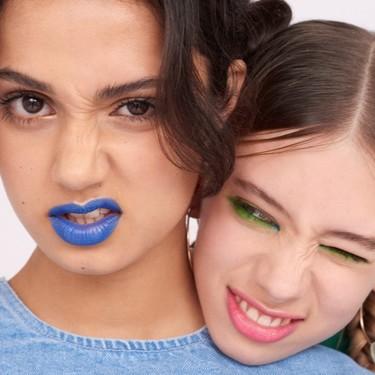 Te alegramos la cara hasta en Blue Monday: con estos 14 maquillajes a todo color es imposible estar triste