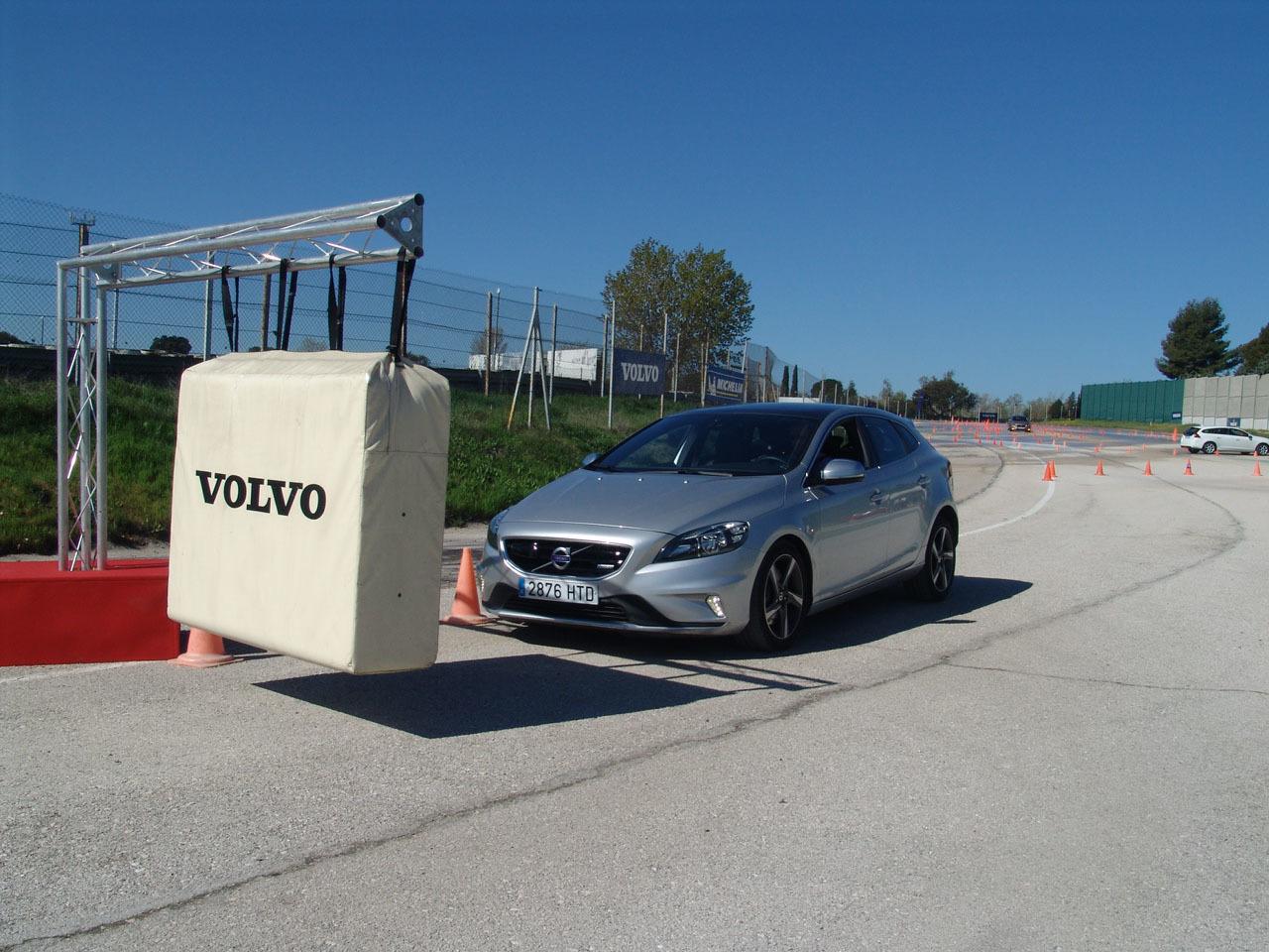 Foto de Volvo Jornadas de Conducción Segura 2014 (5/22)