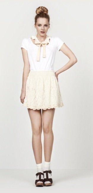 Zara, nuevo lookbook para el Verano 2010: coqueta