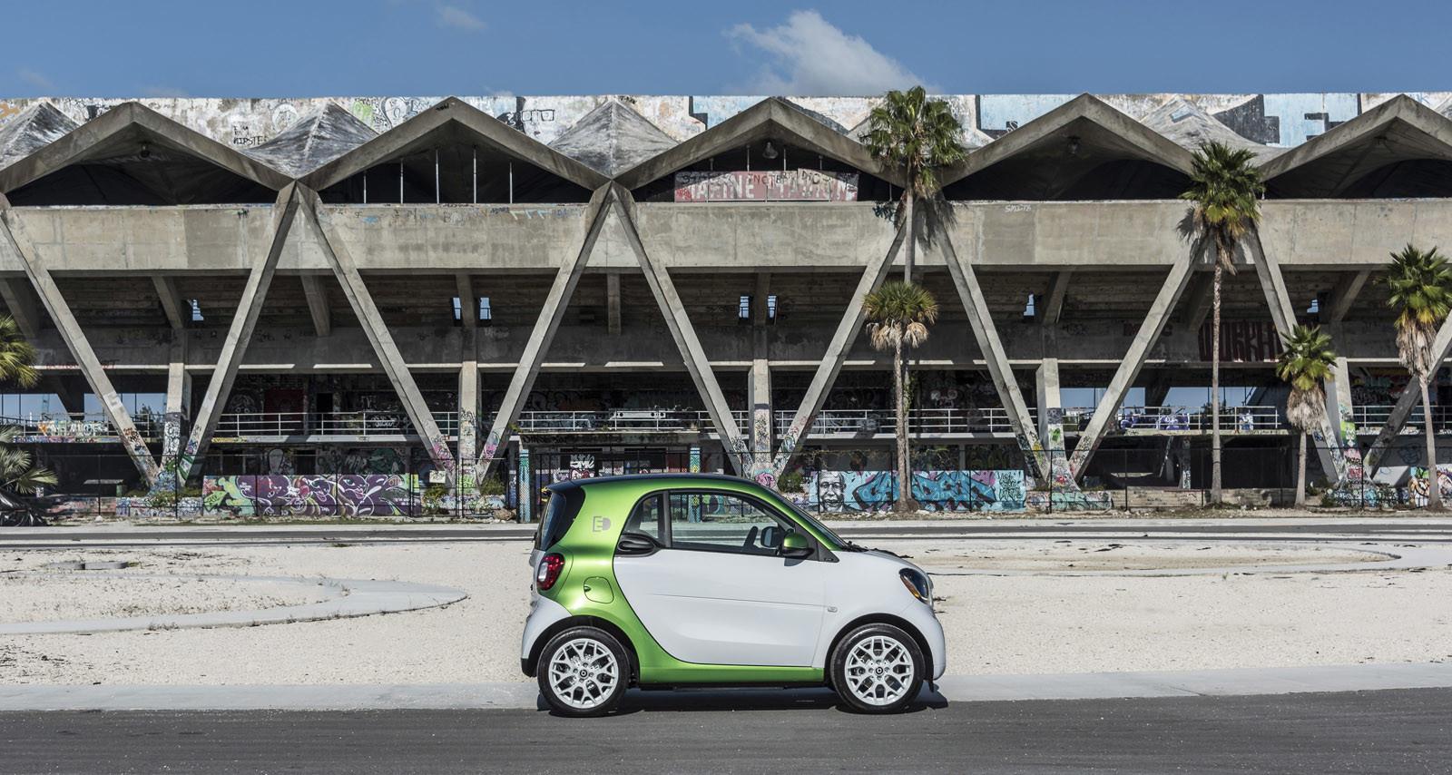 Foto de smart fortwo Electric Drive, toma de contacto (131/313)