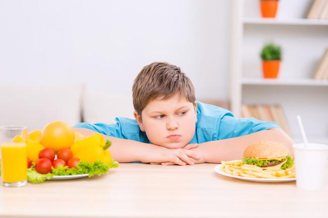 El Pequeño No Come: cuando llegan a casa, están sobresaturados por el azucar y la grasa y no quieren comer