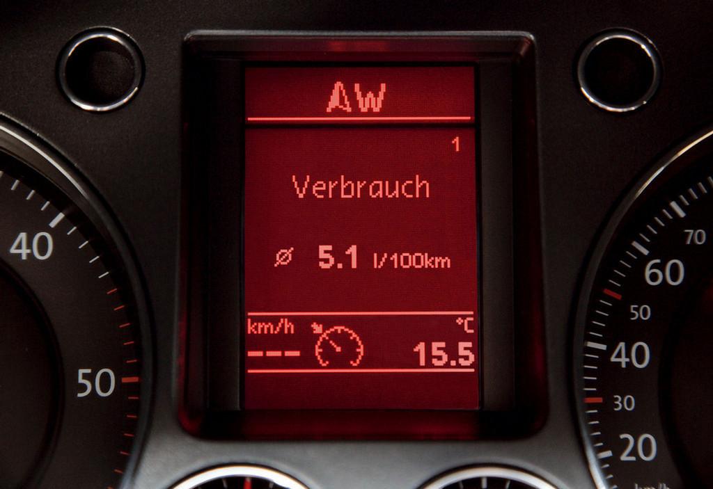 Foto de Volkswagen Passat Bluemotion (3/4)