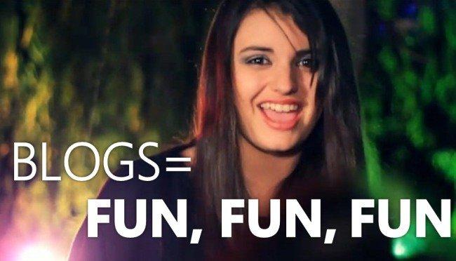 A Rebecca Black también le gustan los blogs