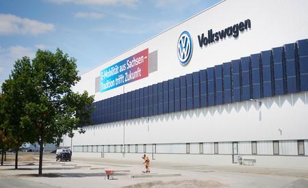 Volkswagen quiere pasar de apenas vender coches eléctricos a fabricar 330.000 al año en 2021