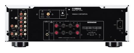yamaha-amplifier-back.jpg