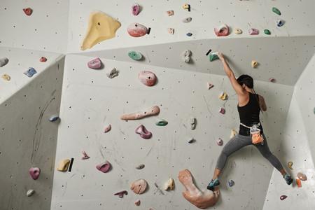 ¡Duro contra el muro! Los beneficios de la escalada