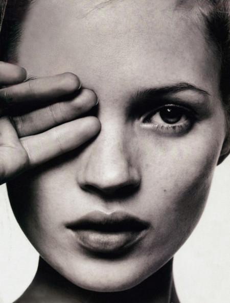 ¡Kate Moss cumple 40 años! La recordamos en 10 vídeos claves