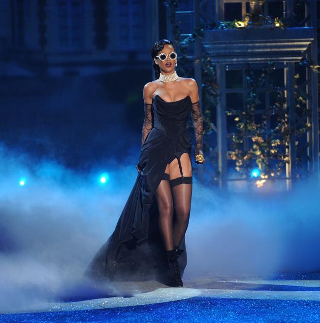 Rihanna Victoria's Secret 2012