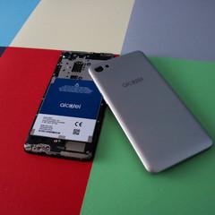Foto 36 de 53 de la galería diseno-alcatel-a5-led en Xataka Android
