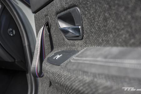 BMW M4 CS paneles puertas