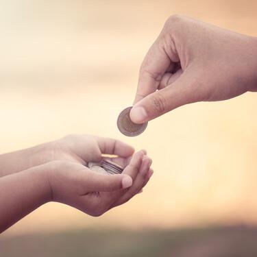 Educar en finanzas a los niños desde que son pequeños: por qué es importante hacerlo y cómo podemos empezar