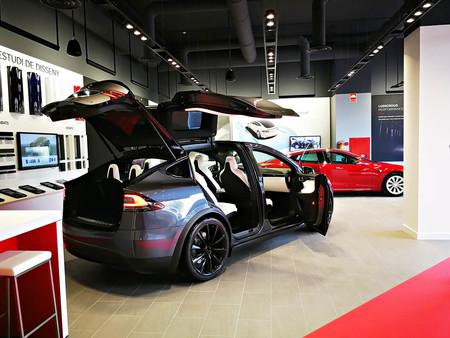 Centro de servicio Tesla Barcelona