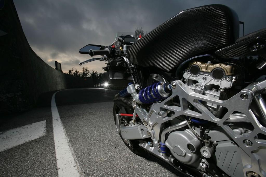 Foto de Vyrus 987 C3 4V, la moto más ligera del mundo en su categoría (4/5)