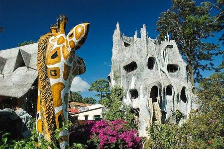"""La """"Crazy House"""" de Dalat, o el Hotel de las Maravillas"""