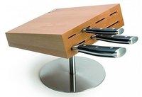 Un soporte giratorio para cuchillos