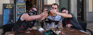 El Gobierno permite abrir desde hoy todos los bares en municipios de menos de 10.001 habitantes (sin importar la fase)