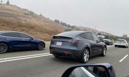 El Tesla Model Y ya rueda por carretera: el SUV eléctrico ha sido cazado haciendo pruebas en California y Washington